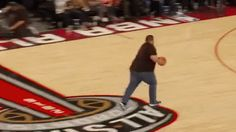 Trending GIF fail basketball nba bloopers dunk fail not even close trampoline fail Basketball Memes, Basketball Pictures, Girls Basketball, Basketball Legends, Trampolines, Golf Humor, Sports Humor, Funny Sports, Gymnastics Fails