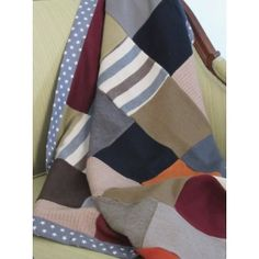 Some great knit throws and blankets that would be great in your home or as a gift for someone special. They will give a completely different look and style. Knitted Throws, Blankets, Knitwear, Wraps, Cushions, Knitting, Handmade, Shopping, Decor