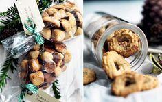 Bag til jul: 7 klassiske opskrifter på småkager Norwegian Christmas, Cookie Cups, Swedish Recipes, Macaroons, Cakes And More, Bread Baking, Cake Cookies, Christmas Cookies, Baked Goods