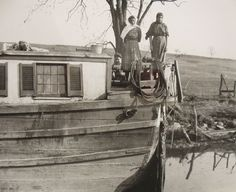 Chesapeake & Ohio Canal - Ride a boat pulled by mules and learn about the people who lived like this in the 1800's