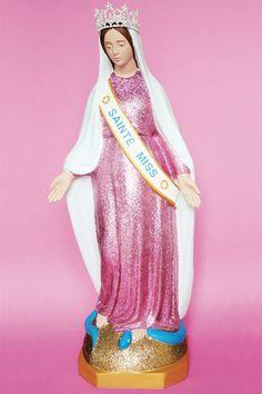 Soasig Chamaillard | Détournement Statue Sainte Vierge | Sainte Miss | Nantes et Paris