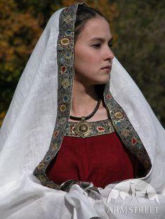 MEDIEVAL WESTERN DRESS