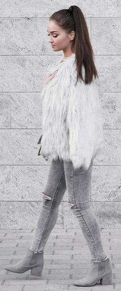 #winter #fashion /  White Faux Fur Coat / Grey Ripped Skinny Jeans / Grey Booties