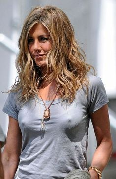 """""""Jennifer Aniston hair""""..... who the hell is gonna see her hair, LOKT AT HER NIPPLES LMFAO!"""