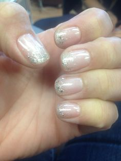 Gellish, shellac, sparkle, glitter, sparkle fade, glitter fade, bling, natural nails, shimmer, nails, manicure, wedding nails