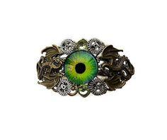 """Bracelet steampunk """" l'oeil des dragons """" : Bracelet par mamiechantal-screations"""