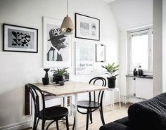 Si tienes poco espacio en casa puedes optar por una mesa de comedor para dos, aquí tenéis un poco de inspiración.
