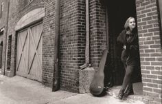 Eva Cassidy - Songbird The voice of an angel...very sadly missed..
