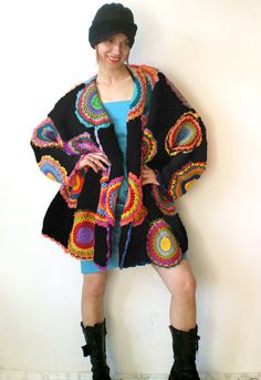 RESERVED LISTING!  The cardigan fits sizes M-XXXXL. Its 85cm (33.5 in) long and measures 220cm (86.6 in) around the hips when laid flat.   Please keep
