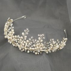 GOLD FRESHWATER PEARL WEAVE BEADS FLORAL HAIR VINE Material: White freshwater pearls, Clear Czech crystals. MEASUREMENTS 8.5 in length and 2 at its widest point. Silver Wedding Crowns, Romantic Wedding Hair, Bridal Crown, Bridal Tiara, Wedding Hair Pieces, Headpiece Wedding, Bridal Headpieces, Hair Jewelry, Bridal Jewelry