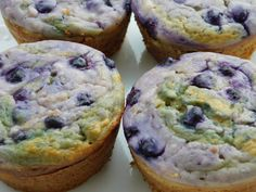 Blueberry banana cream cheese muffins - Drizzle Me Skinny!Drizzle Me Skinny!