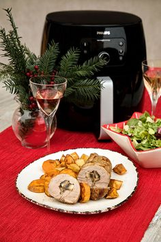 Rulada din muschiulet de porc cu ciuperci la Philips Airfryer | Diva in bucatarie Table Settings, Table Decorations, Pork, Place Settings, Table Arrangements, Center Pieces, Desk Layout