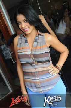 Pamela de leon nacio un 15 de mayo; es Maestra de Ceremonias, Modelo, Actriz, presentadora de Television y Radio..   Inicios en el teatro: ...