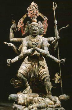 Hindu statue of Buddhist deity Statues, Tibetan Art, Hindu Art, Buddhist Art, Japan Art, Religious Art, Ancient Art, Chinese Art, Deities