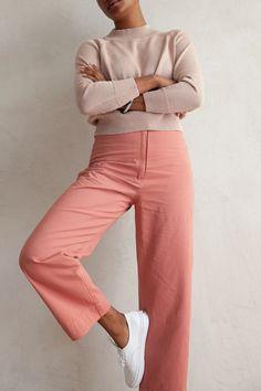 Salmon Pants, Pink Outfits, Fashion Outfits, Warm Autumn, Pink Pants, Cotton Pants, Workout Pants, Virginia, Coral