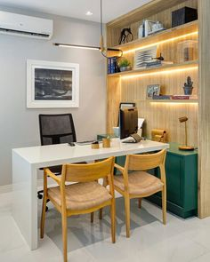Office Cabin Design, Small Office Design, Medical Office Design, Office Layout Plan, Office Design Concepts, Modern Office Table, Cabinet Medical, Clinic Interior Design, Small Home Offices