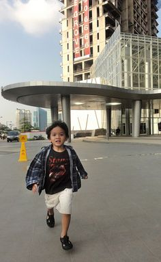 My first son ran happily to me.