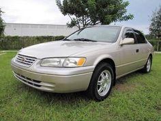 1998 Toyota Camry $2,988