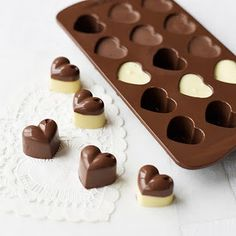 heart chocolates in silicone (& i just bought <3 silicone pans at ikea!)