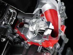 Kawasaki Ninja H2 – Motor supercharger de 210cv