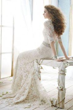 Vintage Sheath Queen Ann Open Back Lace Wedding Dress