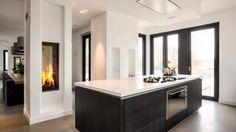 Keuken zwart met wit blad