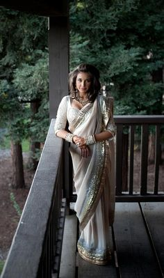 Lisa Ray wedding sari by Satya Paul