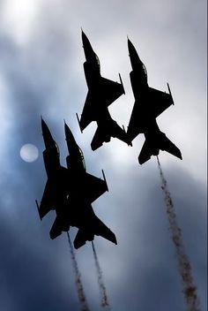 Thunderbird's Over Miramar