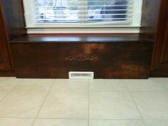 Bench/storage with custom vent