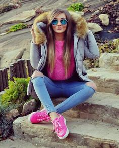 Swans Style is the top online fashion store for women. Shop sexy club dresses, jeans, shoes, bodysuits, skirts and more. Casual Fall Outfits, Fall Winter Outfits, Autumn Winter Fashion, Look Fashion, Girl Fashion, Fashion Outfits, Womens Fashion, Superenge Jeans, Outfit Invierno