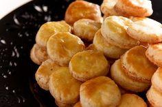 Receita Dedo de Moça: Biscoitos de queijo roquefort