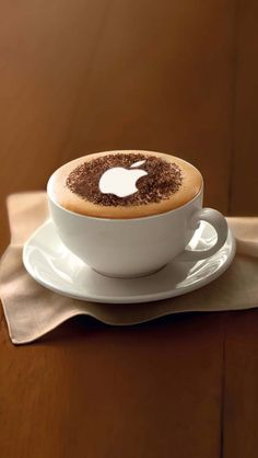 Apple cappuccino art