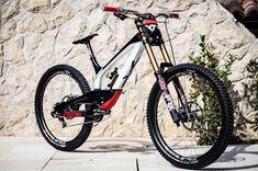 New bmx bike awesome ideas Downhill Bike, Mtb Bike, Bmx Bikes, Mountain Biking, Best Mountain Bikes, Mtb Enduro, E Mtb, New Electric Bike, Mountian Bike