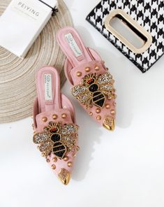 Women shoes High Heels Pump Ankle Straps - Women shoes Wedges Summer Sandals - - Women shoes High Heels Walk In - Women shoes High Heels Classy Simple Women's Shoes, Mules Shoes, Pumps Heels, Wedge Shoes, Me Too Shoes, Shoe Boots, High Heels, Mule Plate, Tshirt Garn