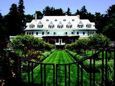 Il mercato immobiliare americano dà il benvenuto alle ville da sogno. Sono le case più affascinanti e costose di tutta l'America che la rivista Forbes ha raccolto tra le agenzia più prestigiose degli Usa, dalla Realtor alla Douglas Elliman Christie's International Real Est