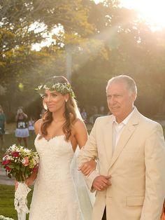 Vestido de noiva - Casamento na praia - Trancoso Bahia ( Foto: Mel e Cleber )