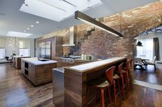 Image 3 of 8 from gallery of TriBeCa Loft Residence / A+I Design Corp. Photograph by Magda Biernat