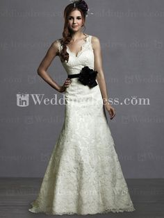 Lace wedding dress. Ivory with black sash.