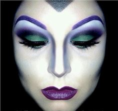 Evil queen makeup from Snow White this is sooo dope!!