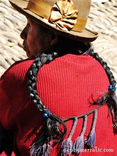 Buzz kill bus crash in Sacred Valley, Peru Native American Hair, Animal Fibres, Salt Of The Earth, Plaits Hairstyles, Raw Beauty, Inca, People Around The World, Braids, Faces