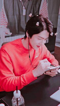 Sehun, Exo Sing For You, Exo Lockscreen, Exo Fan, Hunhan, Lucas Nct, Pink Wallpaper, Wallpaper Wallpapers, How Big Is Baby