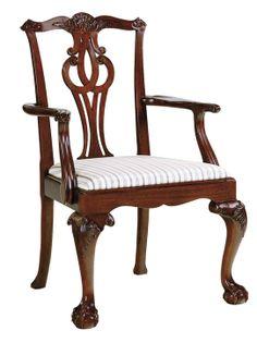Baker Georgian Arm Chair 雕琢精細優雅的扶手椅,呈現出別具風情的東方風格。