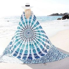HEART TOUCHING PEACOCK FEATHER MANDALA TAPESTRY, FANCY BEDSPREAD, PICNIC BLANKET