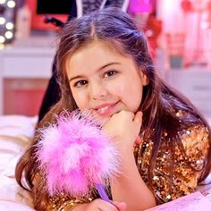 Music: Sophia Grace releases self-acceptance song 'Girl in the Mirror' featuring Silento