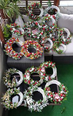 Wreath Crafts, Xmas Crafts, Diy Wreath, Diy And Crafts, Christmas Wreaths, Merry Christmas, Christmas Decorations, Holiday Decor, White Wreath