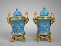 FRENCH PORCELAINE IN THE LOUVRE | Fig. 3. Chinese porcelain mounted in gilt bronze (porcelain: China ...