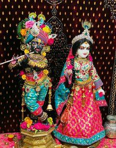 Shree Ganesh, Krishna Statue, Radha Krishna Pictures, Lord Krishna Images, Radha Krishna Love, Hare Krishna, Radha Rani, Krishna Bhagwan, Shree Krishna Wallpapers