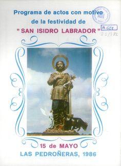 Fiestas en honor de San Isidro Labrador en Las Pedroñeras (Cuenca). Del 11 al 16 de mayo de 1986. Almonedeo de los productos entregados al Santo, con cuerva para beber. #Fiestaspopulares #LasPedroñeras #Cuenca
