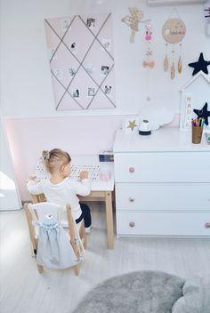 Szuper inspirációk az egyedi baba és gyerekszoba kialakításához Girl Room, Baby Room, Nursery Ideas, Kids Rugs, Modern, Home Decor, Trendy Tree, Kid Friendly Rugs, Nursery Room Ideas