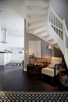 Kiva portaikko Stairway To Heaven, Scandinavian Interior, Stairways, Interior Design, Architecture, Interiors, House, Small Space, Inspiration